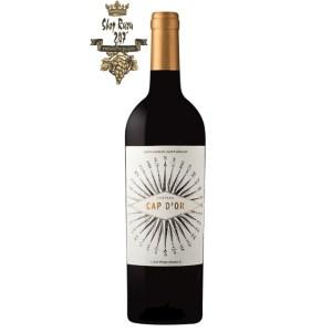 Rượu Vang Đỏ Pháp Chateau Haut Saint Brice Saint Emilion Grand Cru có màu đỏ anh đào đậm sâu. Hương thơm lan tỏa của trái cây chín đỏ