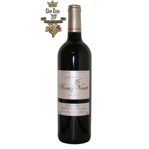 Rượu Vang Đỏ Chateau La Rose Nouet Graves luôn được làm từ nho Merlot và Cabernet Sauvignon. Nó có màu sắc