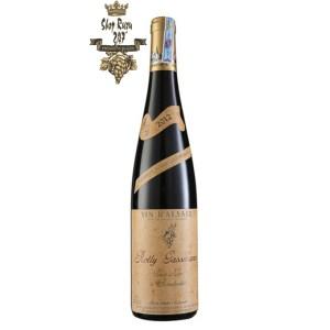 Rượu Vang Pháp Rolly Gassmann Pinot Noir De Rorschwihr có mầu đỏ hồng nhạt. Hương thơm quyến rũ của trái cây
