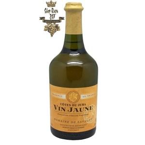 Rượu vang Pháp Domaine de Savagny Cotes du Jura Vin Jaune 62 cl 2019 White có mùi vị ngọt ngào của nho chín và các loại trái cây