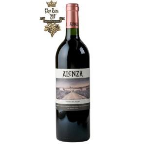 Rượu Vang Tây Ban Nha Condado De Haza Alenza có mầu đỏ đẹp mắt. Hương thơm của các loại trái cây cùng hoa quả vùng nhiệt đới.