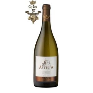 Rượu Vang Trắng Pháp Astelia Chardonnay có mầu vàng rơm nổi bật. Hương thơm của chanh, dưa hấu, thảo dược, mật ong và táo đỏ