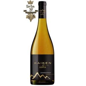 Kaiken Ultra Chardonnay có mầu vàng với hương thơm của trái cây nhiệt đới như dứa, đào chin đi kèm với hương thơm của vani, caramen.