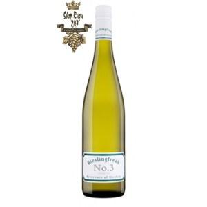 Rượu vang Úc Rieslingfreak No.3 Clare Valley Riesling 2019 được toát lên bởi hương chanh tươi mạnh mẽ cùng với các loại khoáng chất hòa quyện