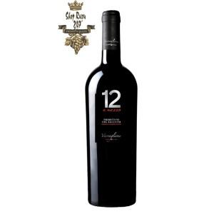 Rượu Vang 12 E Mezzo Primitivo del Salento được định nghĩa là một trong những loại vang tuyệt vời, vừa dễ uống, vừa để dư vị trí dài trong khoang miệng.