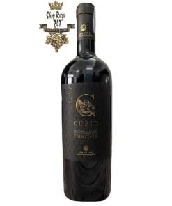 Rượu Vang Ý Đỏ Cupid Negroamaro Pritimivo được kết hợp từ hai giống nho nổi tiếng là Negroamaro và Pritimivo. Ít ai biết rằng, sự kết hợp này cực kì thú vị và độc đáo