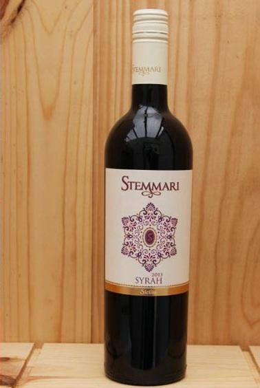 Vang Ý Đỏ Stemmari Syrah I.G.T có màu đỏ ruby tươi,là một loại rượu có nhiều sắc thái thú vị.