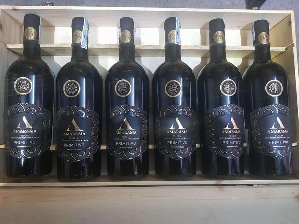 Rượu Vang Ý Amarama Bianco có màu vàng rơm đẹp mắt. dòng rượu này được đánh giá là có hương vị khá phức tạp.