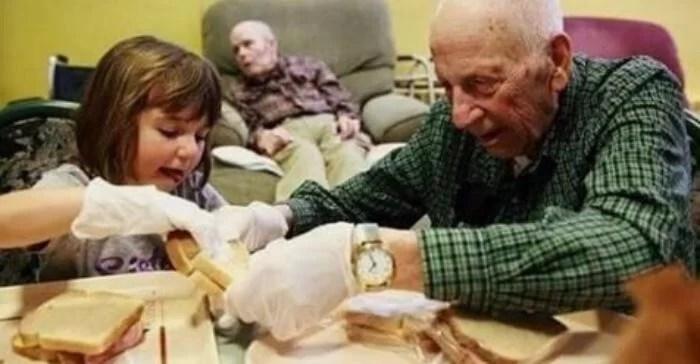 что нужно детям из приюта и одиноким старикам - найдено верное решение