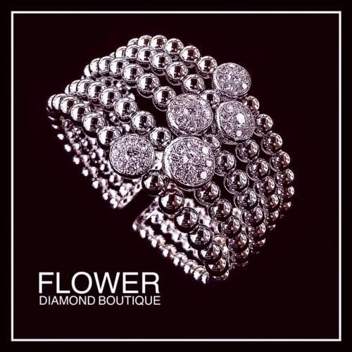 Flower Diamond boutique in Singapore.