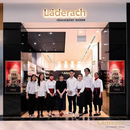 Läderach Chocolatier Suisse shop at Jewel Changi Airport in Singapore.