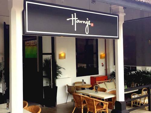 Harry's Bar in Singapore.