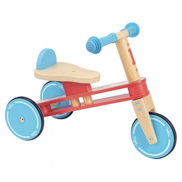 gåcykel Vilac trehjulet cykel i træ 600x600 - Gåcykel - cykel til 1 årig
