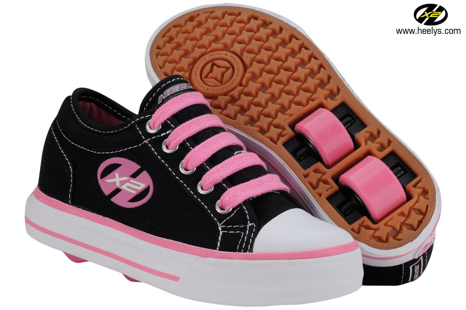 Heely skate shoes reviews - Since The Weather Is Not Good Around Her Too Rainy And Cold We Used Our Heelys