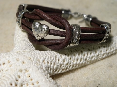 Love Knot Chocolate Heart Leather Bracelet