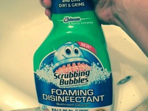 Scrubbing Bubbles® Helps Keep My Bathroom Spotless And Clean! #BehindClosedDoors