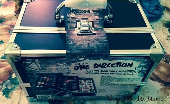 Makeup by One Direction Tour Case #makeupby1D #thelookscollection #markwins