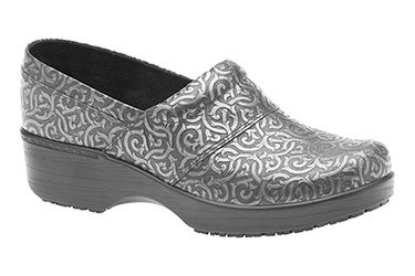 ABEO Now Has Custom Clogs With Built-In Orthotics!