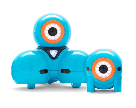 new robot DASH with his friend Dot