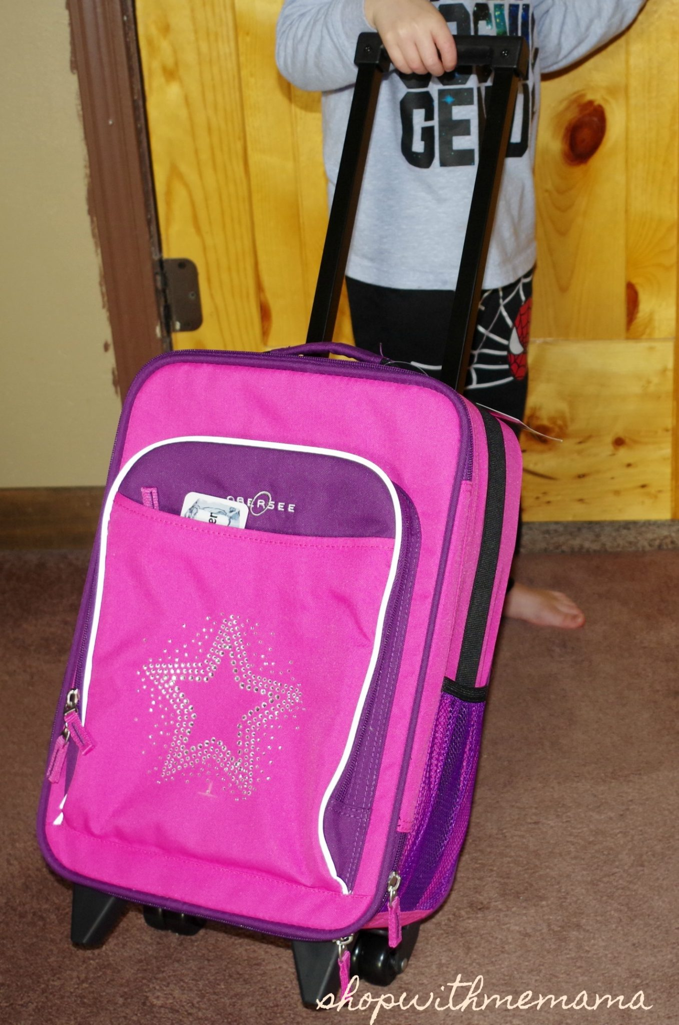 b1a8a444454d Obersee Kids Luggage Makes Traveling With Kids Fun! - Shop With Me Mama