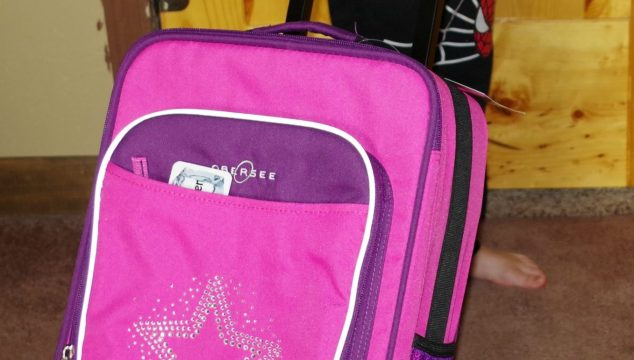 Obersee Kids Luggage Makes Traveling With Kids Fun! (Giveaway)