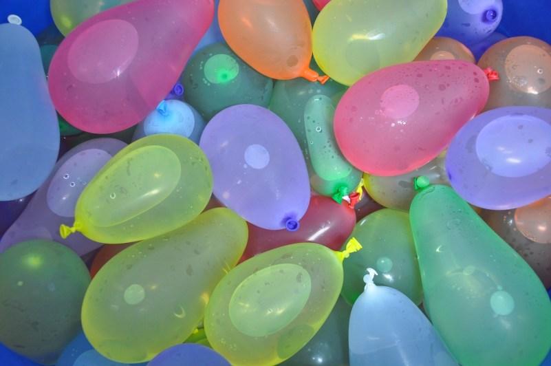 water balloon fight