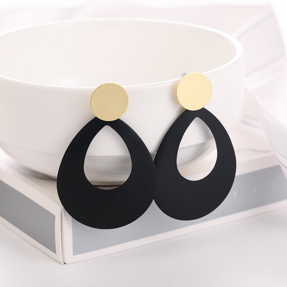 Women's Geometric Pattern Drop Earrings