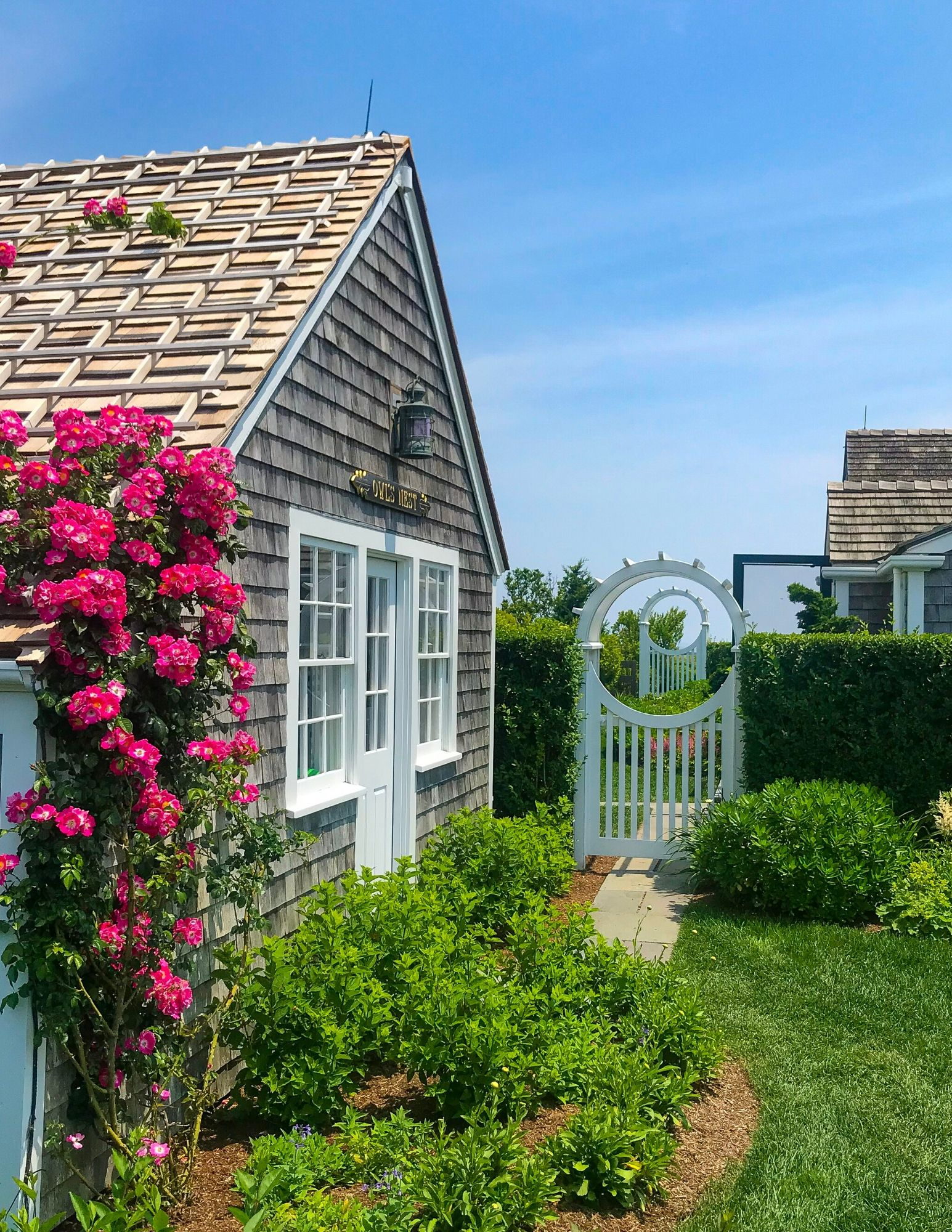 Nantucket Rose Covered Cottages in Sconset-7