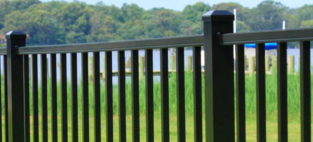 photo-slider-of-fences-in-different-colors-2