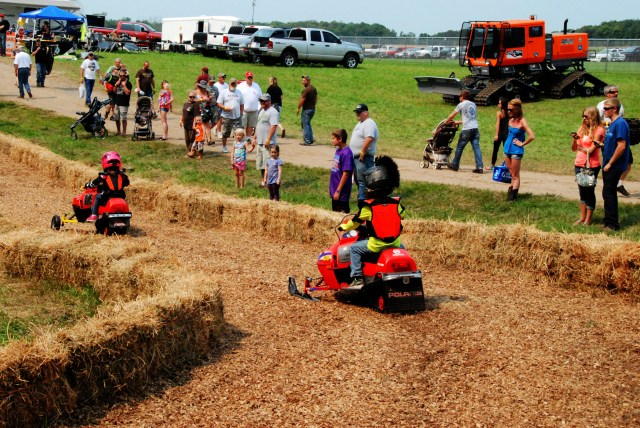 Grass Drags (51)_tonemapped