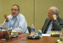 Joe Nocera and Shorenstein Center director Alex S. Jones.
