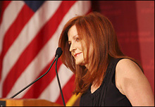 Maureen Dowd delivers the 2007 T.H. White Lecture.