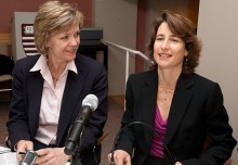 Dana Priest (left) of The Washington Post and Karen de Sá of the San Jose Mercury News.