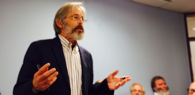 "Hendrik ""Rick"" Hertzberg speaks at the Shorenstein Center (Nancy Palmer)"