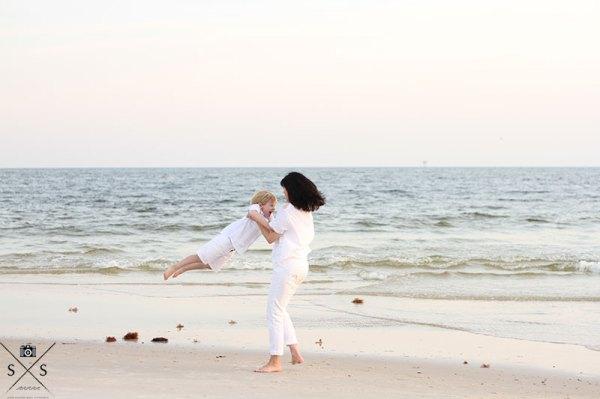 Gulf Shores Lifestyle Photography Gulf Shores Photographer Beach Portraits Gulf Shores