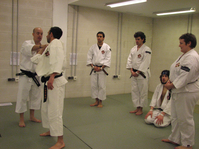Juan Luis explicando técnicas