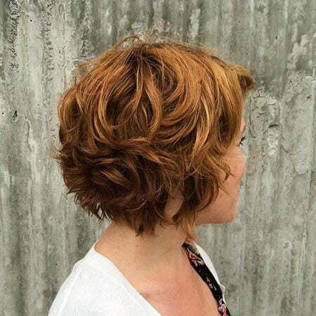 Layered Bob Short Wavy