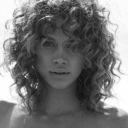 Jasmine Sanders Short Curly Hair