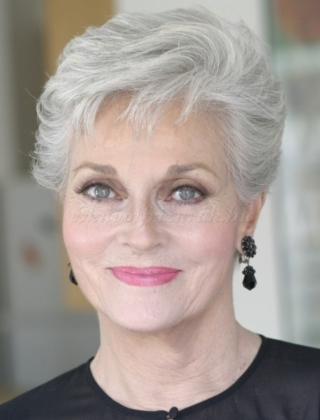 60 Trendy New Winter Fashion Styles: Cute Short Hairstyles For Women Over 60