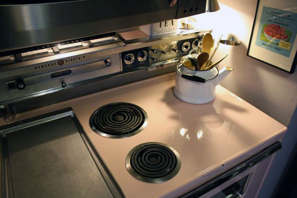 pink kitchen stove 5 | the both and | shorts and longs | julie rybarczyk