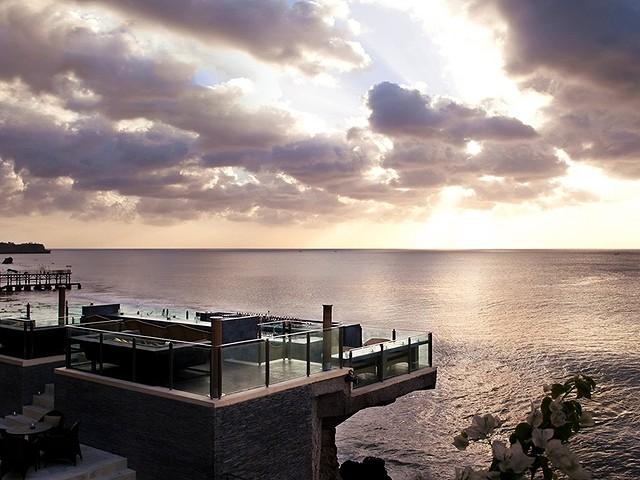 Rock-Bar-AYANA-Resort-and-Spa-Bali2