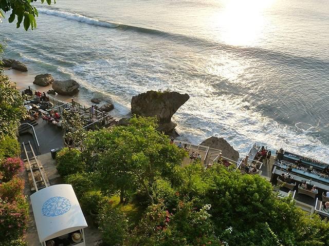 Rock-Bar-AYANA-Resort-and-Spa-Bali3