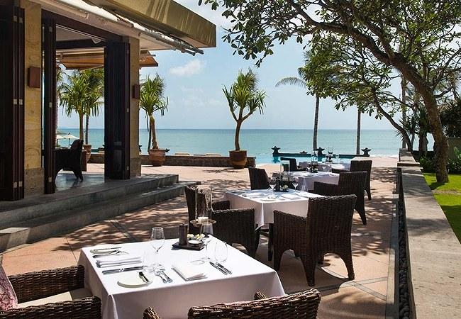 LEG-Dining-The-Restaurant-Outdoor-Courtyard