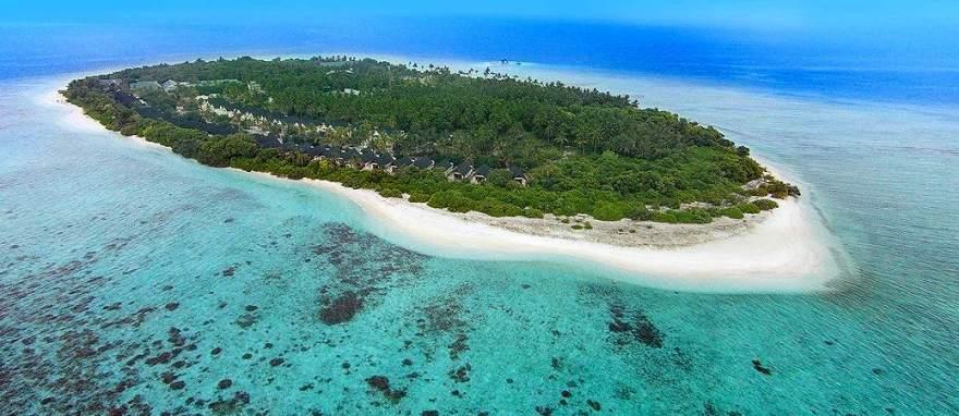 furaveri-island-resort-spa5