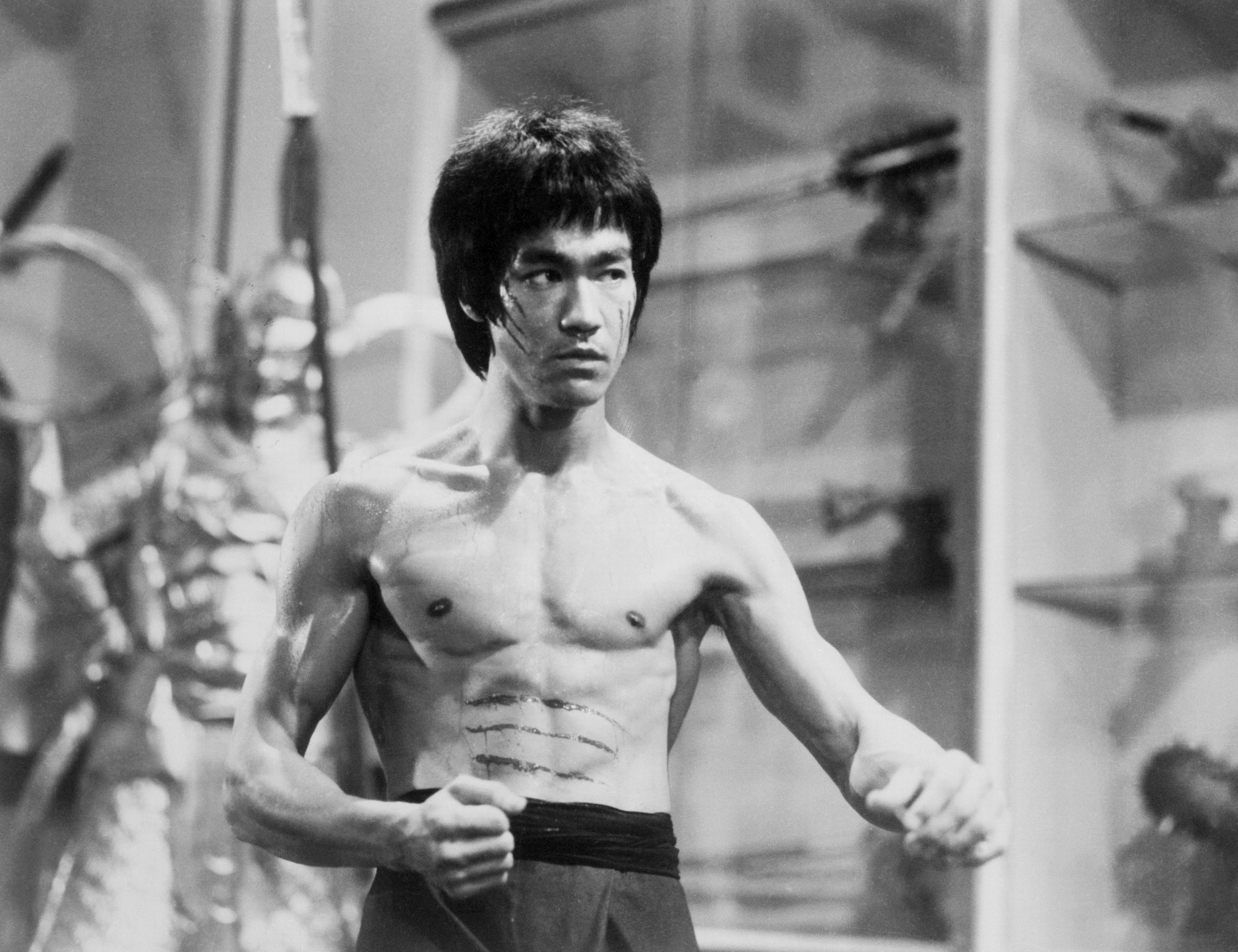 16 lectii motivationale de la Bruce Lee