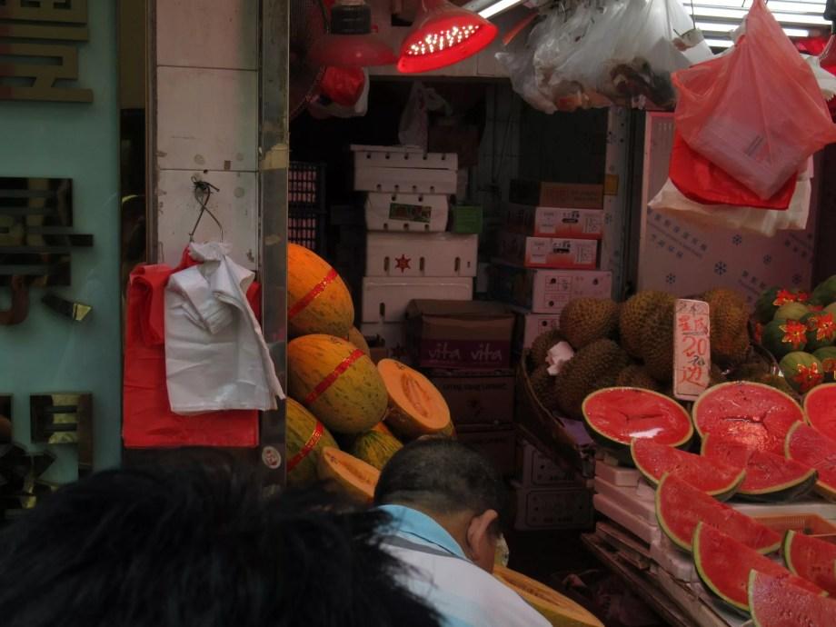 香港で見つけたハミウリ!