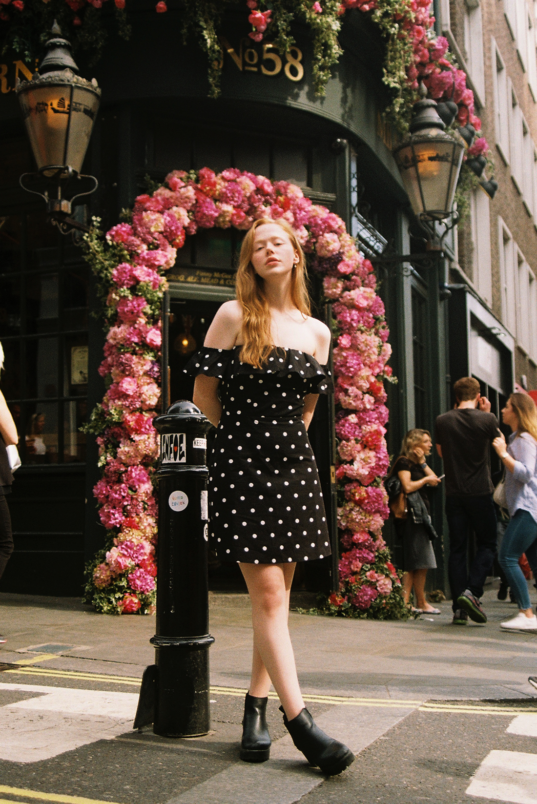 blogger photoshoot on 35mm film by London photographer Ailera Stone