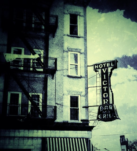 Hotel Victor Bar and Grill