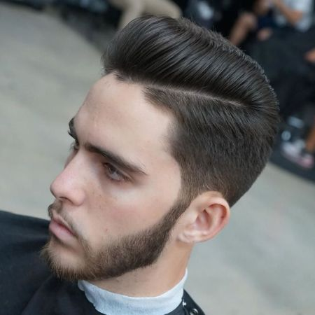 ap_cutz_and_Pompadour-short-sides-scissor-cut
