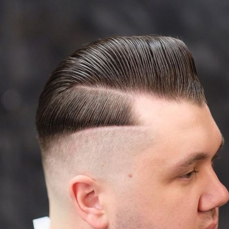 barbersdream_and_double-hard-part-slicked-sidepart-pomp